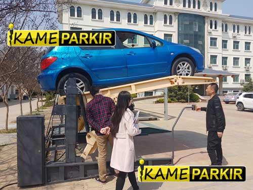 Parkir Tingkat Untuk Rumah Dengan Garasi Terbatas